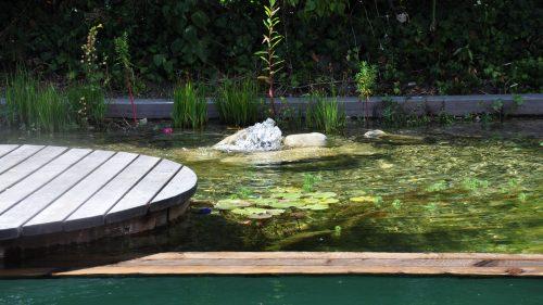 Trennung zwischen Schwimmbereich und Regenerationsbereich