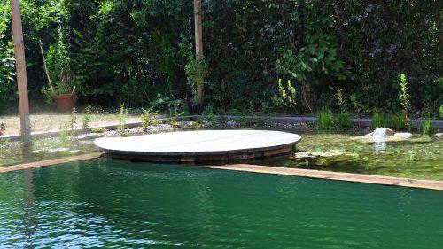die Insel, der Kreisrunde Holzsteg