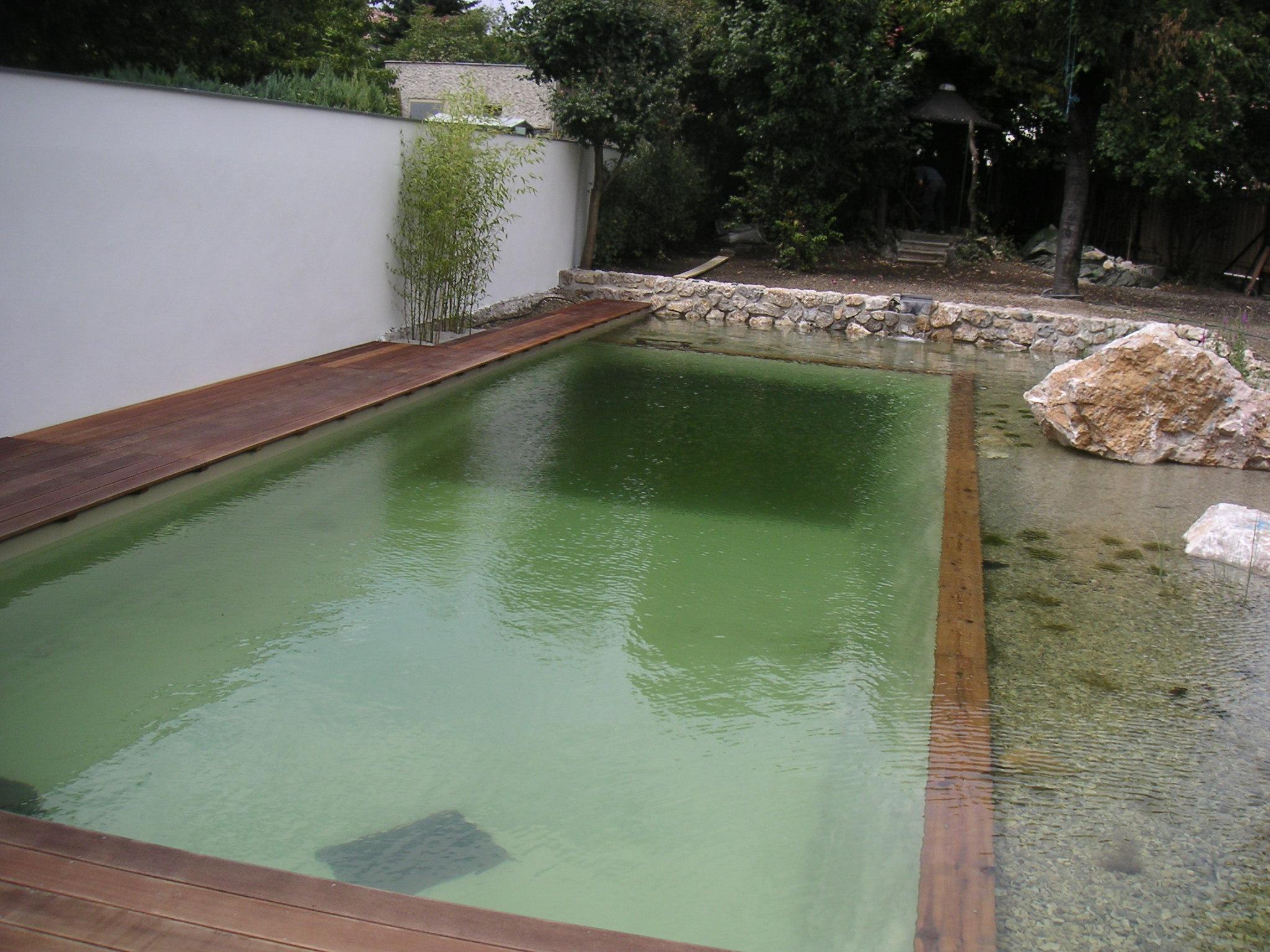 glasklares Wasser danke spezieller Technik