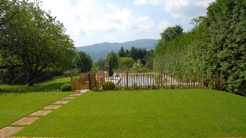 königlicher Blick vom Garten in die Landschaft