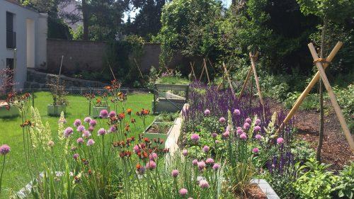 ein fantasievoller Garten